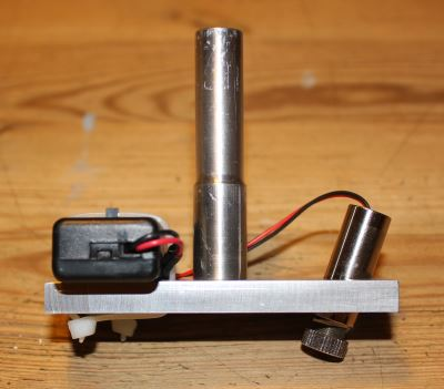 """<br><a href=""""http://www.glue-it.com/homemade-tools/laser-alignment/"""">laser alignment tool</a> to speed up the alignment of parts in the milling machine."""
