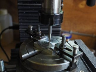 aligning a rotary table