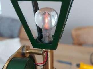 LED lights up