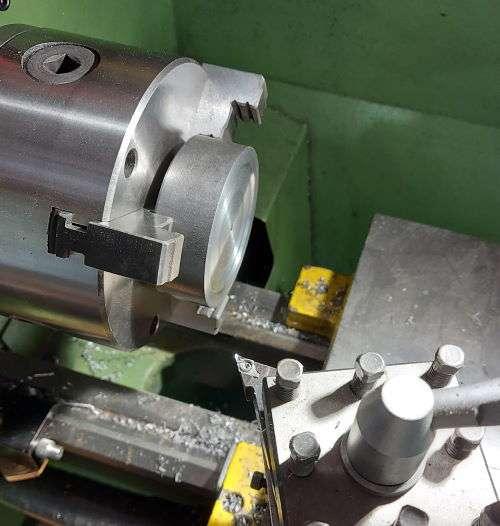 machining the machinists lamp base