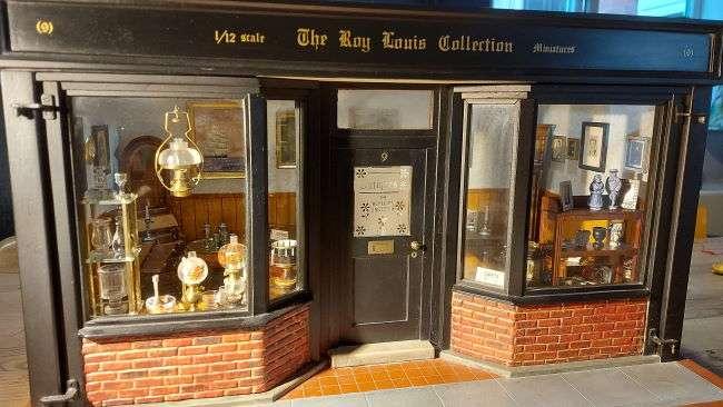 1/12th scale antiques shop