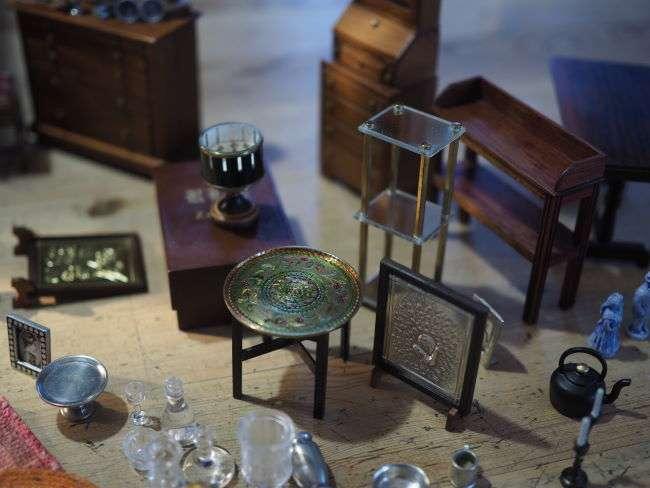 antique shop furniture