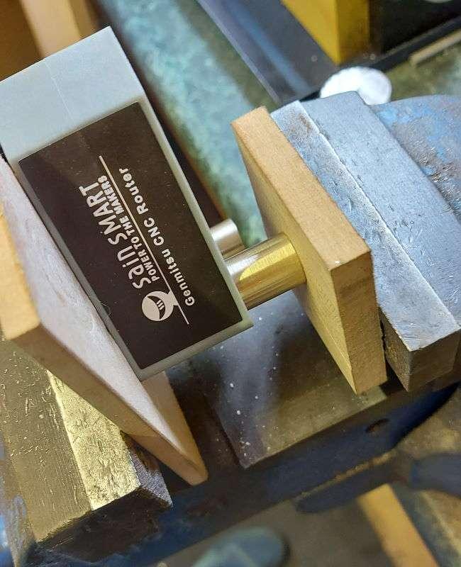 fitting bearings using engineers vice