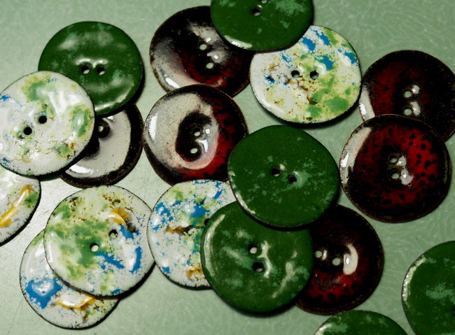 enameled buttons