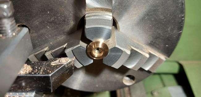 turning phosphor bronze bearing with glanze tooling
