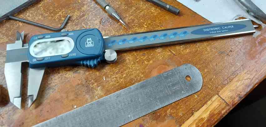 Moore and Wright digital caliper