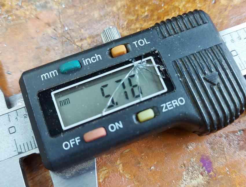 broken digital caliper screen