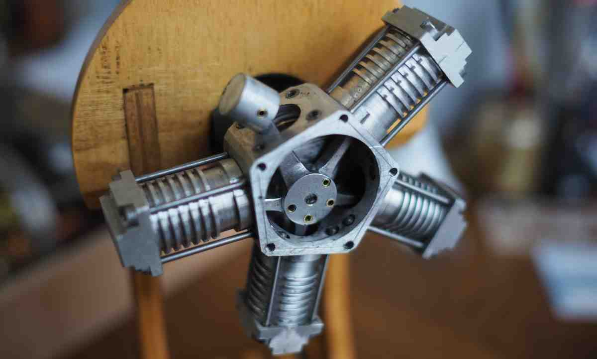 five cylinder rotary engine